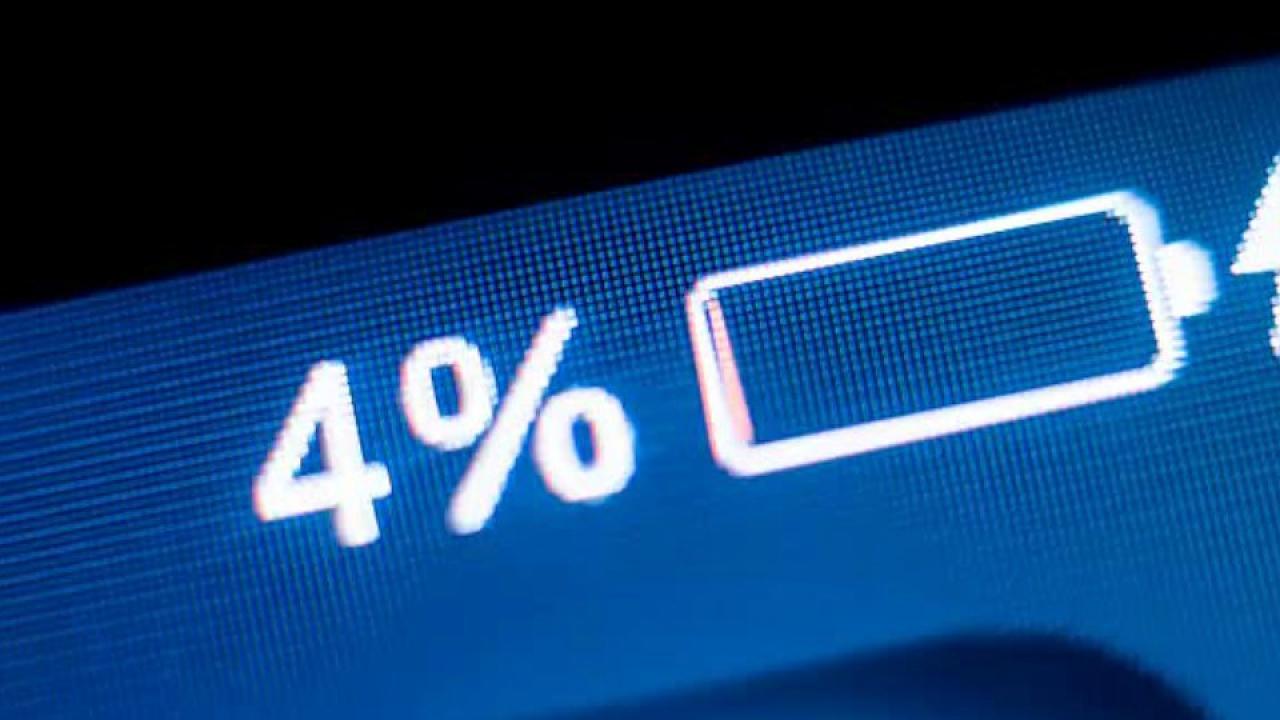 Beliebter Fehler:Schadet dem Akku:Darum sollten Sie Ihr Smartphone nie über Nacht laden