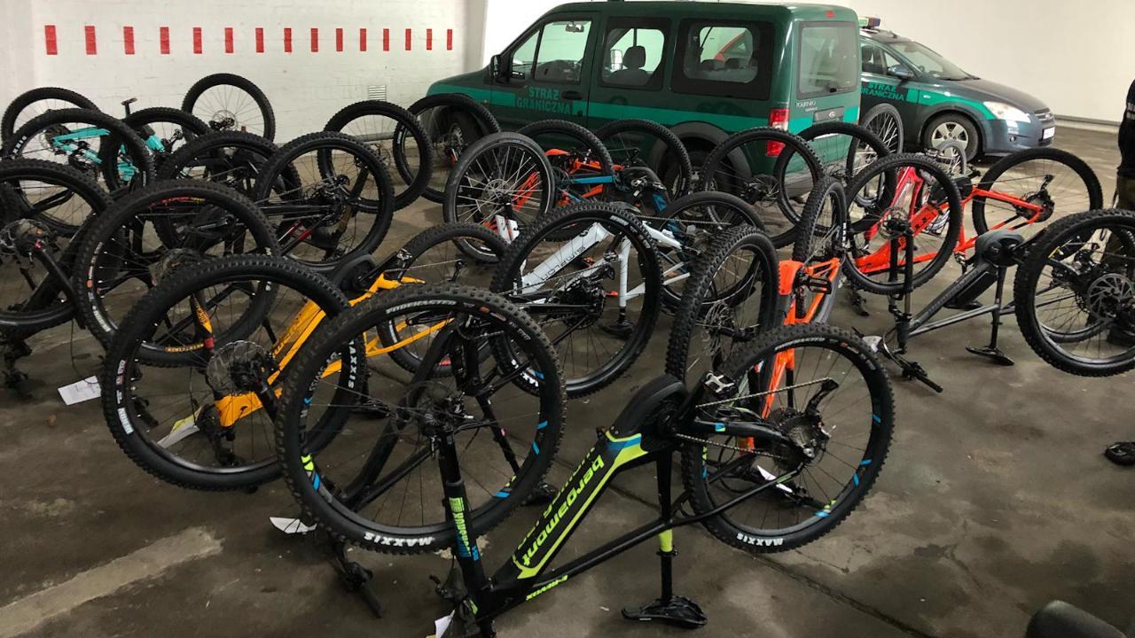 Geklaute E-Bikes für 70000 Euro an Grenze sichergestellt