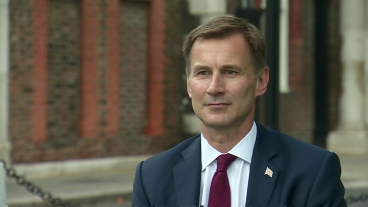 Tory leadership rivals split on Brexit plans